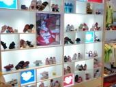 高档鞋展柜16